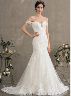 Trumpet/Mermaid Off-the-Shoulder Court Train Tulle Wedding Dress