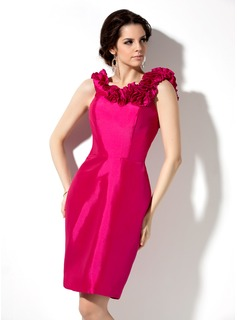 Sheath/Column Scoop Neck Knee-Length Taffeta Bridesmaid Dress With Flower(s)