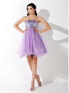 Empire Sweetheart Short/Mini Tulle Sequined Homecoming Dress With Beading
