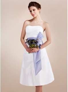 A-Line/Princess Sweetheart Knee-Length Taffeta Wedding Dress With Ruffle Sash Crystal Brooch