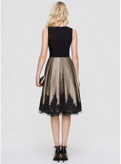 A-Line Scoop Neck Knee-Length Tulle Cocktail Dress With Beading Sequins