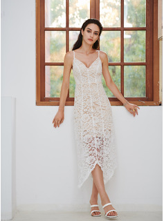 tight fitted lace wedding dresses