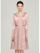 A-Line/Princess Scoop Neck Knee-Length Lace Mother of the Bride Dress With Beading