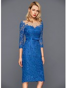 Sheath/Column Scoop Neck Knee-Length Lace Cocktail Dress With Bow(s)