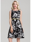Chiffon With Print/Crumple Knee Length Dress