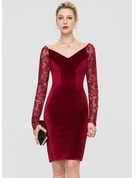 Sheath/Column V-neck Knee-Length Velvet Cocktail Dress
