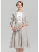 A-Line Scoop Neck Knee-Length Chiffon Satin Mother of the Bride Dress With Beading Appliques Lace