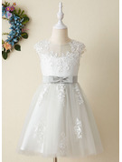 Knee-length Flower Girl Dress - Satin Tulle Sleeveless Scoop Neck With Lace Appliques