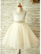 A-Line/Princess Scoop Neck Knee-Length Tulle Junior Bridesmaid Dress With Beading Bow(s)
