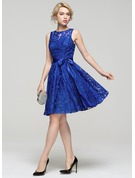 A-Line Scoop Neck Knee-Length Lace Cocktail Dress With Bow(s)