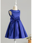 Knee-length Flower Girl Dress - Satin Sleeveless Scoop Neck With Beading Sequins Bow(s)