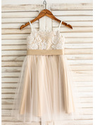 A-Line/Princess Square Neckline Knee-Length Tulle Junior Bridesmaid Dress With Sash Bow(s)