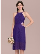 A-Line/Princess Scoop Neck Knee-Length Lace Bridesmaid Dress