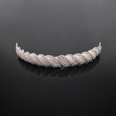 Stylish Alloy/Imitation Pearls Tiaras