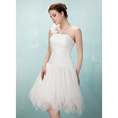 A-Line/Princess One-Shoulder Knee-Length Tulle Homecoming Dress With Ruffle Flower(s)