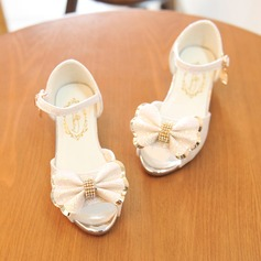 Jentas Titte Tå Leather lav Heel Sandaler Flower Girl Shoes med Bowknot