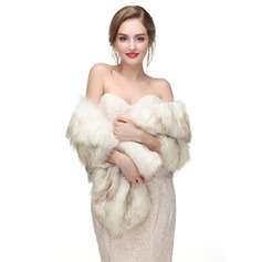 Faux Fur Wedding Shawl (013218334)