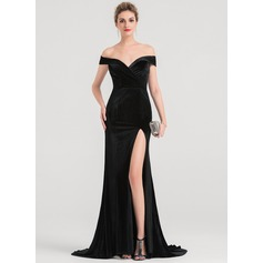 Trumpet/Mermaid Off-the-Shoulder Sweep Train Velvet Prom Dresses With Split Front