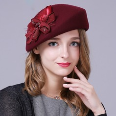 Ladies' Eye-catching/Fancy/High Quality/Romantic/Vintage Wool With Flower Beret Hat