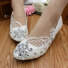 Women's Lace Leatherette Low Heel Closed Toe With Rhinestone Applique