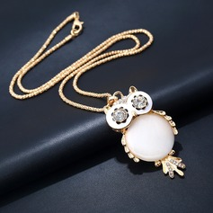 Shining Alloy Rhinestones With Rhinestone Cat's Eye Ladies' Fashion Necklace (Sold in a single piece)