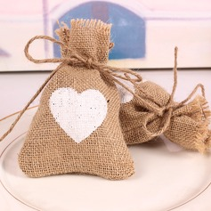 Snow Cut-out/Heart style Heart-shaped Linen Favor Bags