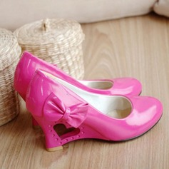 Women's Leatherette Wedge Heel Closed Toe Wedges With Bowknot