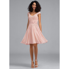 A-Line V-neck Knee-Length Chiffon Homecoming Dress With Beading Sequins (022203152)