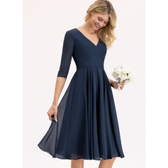 A-Line V-neck Knee-Length Chiffon Cocktail Dress With Pockets