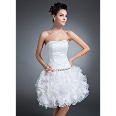 A-Line/Princess Sweetheart Knee-Length Organza Homecoming Dress With Beading Sequins Cascading Ruffles
