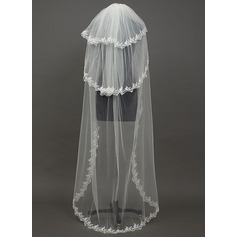 Three-tier Lace Applique Edge Waltz Bridal Veils With Embroidery