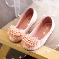 Girl's Closed Toe Lace Flat Heel Flats Flower Girl Shoes With Beading Imitation Pearl