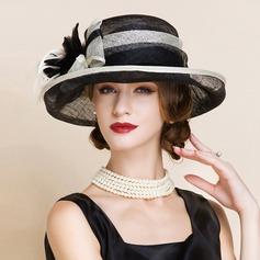 Ladies ' Elegancki Batyst Z Pióro Bowler / Cloche Hat/Kapelusze Kentucky Derby/Czapki Tea Party