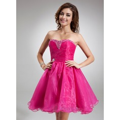 A-Line/Princess Sweetheart Knee-Length Organza Bridesmaid Dress With Beading Sequins