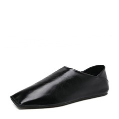 Women's PU Flat Heel Flats Closed Toe With Others shoes (086132526)