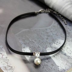 Beautiful Alloy With Imitation Pearl Lace Ladies' Fashion Necklace