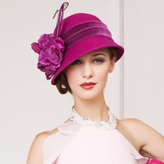 Ladies' Charming Wool With Feather Bowler/Cloche Hat