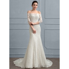 Sheath/Column Off-the-Shoulder Court Train Lace Wedding Dress
