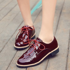 Women's Patent Leather Flat Heel Flats Closed Toe With Lace-up shoes (086124808)