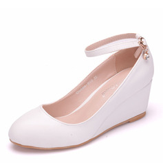 Women's Leatherette Wedge Heel Closed Toe Pumps