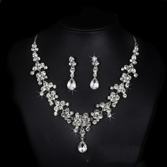 Classic Alloy Rhinestones With Rhinestone Ladies' Jewelry Sets