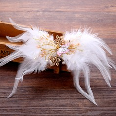 Beautiful Feather Hairpins