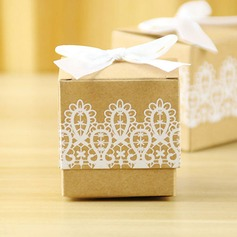 Creative/Classic/Elegant Cubic Card Paper Favor Boxes With Laces