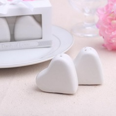 Heart Shaped Ceramic Salt & Pepper Shakers  (051052630)