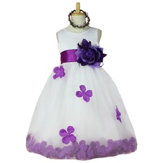 Ball Gown Knee-length Flower Girl Dress - Tulle Sleeveless Scoop Neck With Flower(s)
