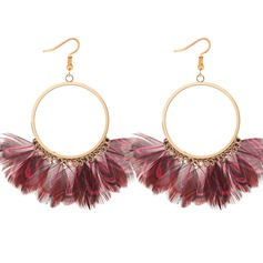 Fashional Feather Copper With Feather Women's Fashion Earrings (Set of 2)
