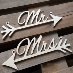 """MR & MRS"" Houten Wedding Sign  (131103618)"
