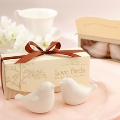 Love Birds Salt and Pepper Shakers Wedding Favor  (051145420)