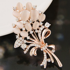 Gorgeous Alloy Rhinestones With Rhinestone Ladies' Fashion Brooches
