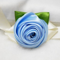 Charming Round Ribbon/Artificial Silk Wrist Corsage